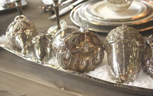 Bowl_of_Ornaments